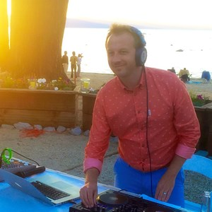West Hartford Radio DJ | DJ Gavin