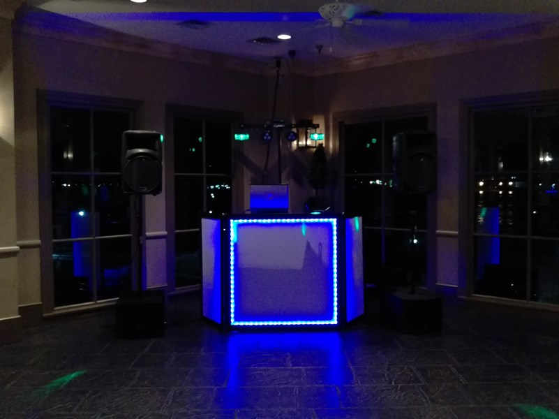 Grooves Entertainment Mobile DJ's - Mobile DJ - New Orleans, LA