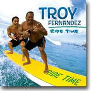 Green Bay Ukulele Player | Troy Fernandez