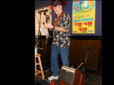 Larry Mills | Smyrna, GA | 70's Hits Acoustic Guitar | Photo #1