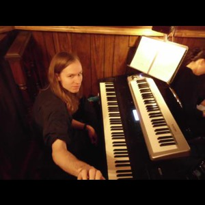 Michigan Dueling Pianist | Russell Gates