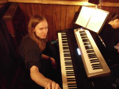 Russell Gates | Coldwater, MI | Piano | Photo #1