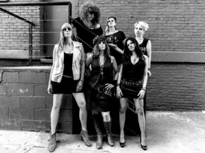the Rocket Queens all-female tribute to GnR | Brooklyn, NY | Guns N Roses Tribute Band | Photo #2