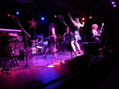 the Rocket Queens all-female tribute to GnR | Brooklyn, NY | Guns N Roses Tribute Band | Photo #16