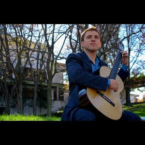 Norman Park Acoustic Guitarist | Ben Lougheed