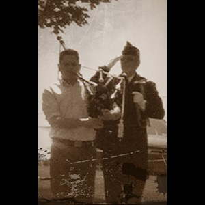 Carnegie Bagpiper | Pittsburgh Bagpipes - David Scarborough