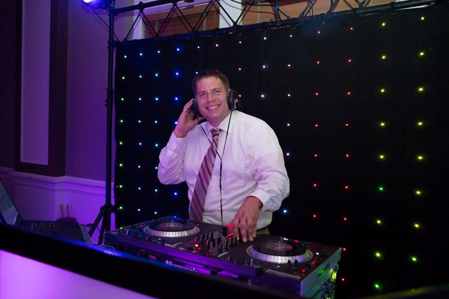 KC Webb Pro Entertainment - Mobile DJ - Lady Lake, FL