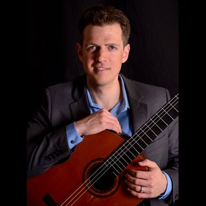 La Crosse Acoustic Guitarist | Jim Falbo
