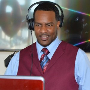 Mount Holly, NJ Event DJ | 1 Outstanding Event Planning/DJ R-Boogie