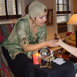 River Edge Fortune Teller | Sassi The Psychic And Sassi Party Performers