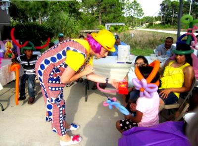 Face painting, Balloon Twisting, Show ! | Naples, FL | Clown | Photo #5