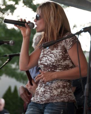 Tracy DeLucia Band | East Fishkill, NY | Country Band | Photo #9
