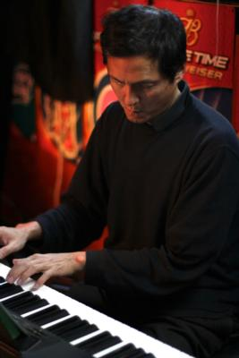 Larry Chinn | Palo Alto, CA | Jazz Piano | Photo #2