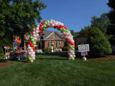 Linda's Balloon Twisting & Decor | Charlotte, NC | Balloon Twister | Photo #5