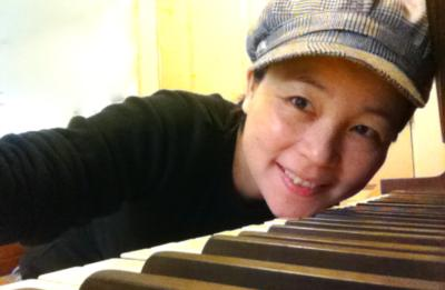 Huiya Chen | Newport, OR | Gospel Piano | Photo #1