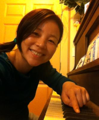 Huiya Chen | Newport, OR | Gospel Piano | Photo #2