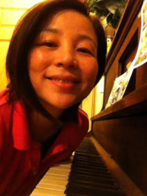Huiya Chen | Newport, OR | Gospel Piano | Photo #5