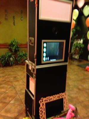 Framed Photo Booth | Odessa, TX | Photo Booth Rental | Photo #5