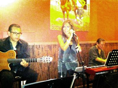 Alessa Brazilian Mood | Burbank, CA | Ambient Band | Photo #1
