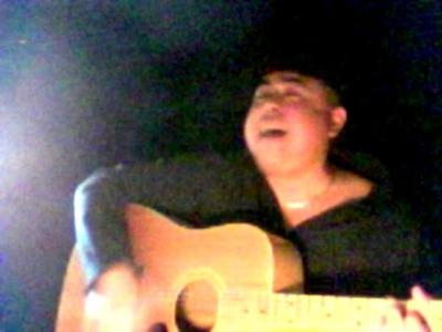 aleXmartineZ | Chicago, IL | Acoustic Guitar | Photo #8