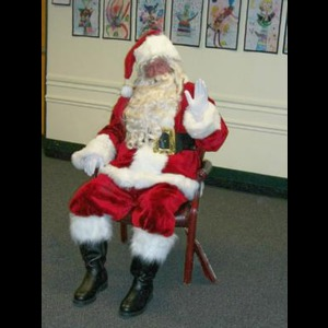 Hagerstown Costumed Character | The Holiday Company