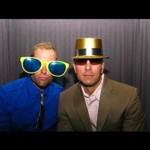 Uptown Photo Booths - Photo Booth - Alexandria, VA