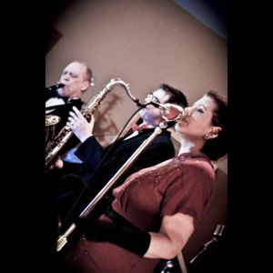 New Baden Swing Band | Sarah Jane & The Blue Notes