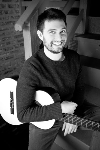 Bryan Albert - Classical Guitarist - Chicago, IL