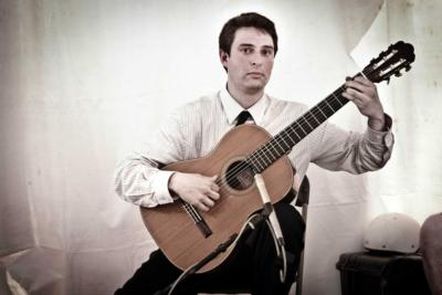 Bryan Albert | Chicago, IL | Classical Guitar | Photo #3