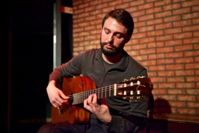 Bryan Albert | Chicago, IL | Classical Guitar | Photo #6