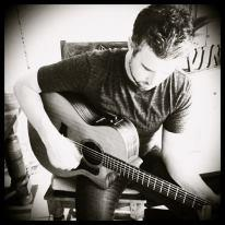 Mike Wilson | Laguna Beach, CA | Singer Guitarist | Photo #10