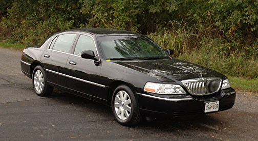 Sedan Service-Lincoln Towncars