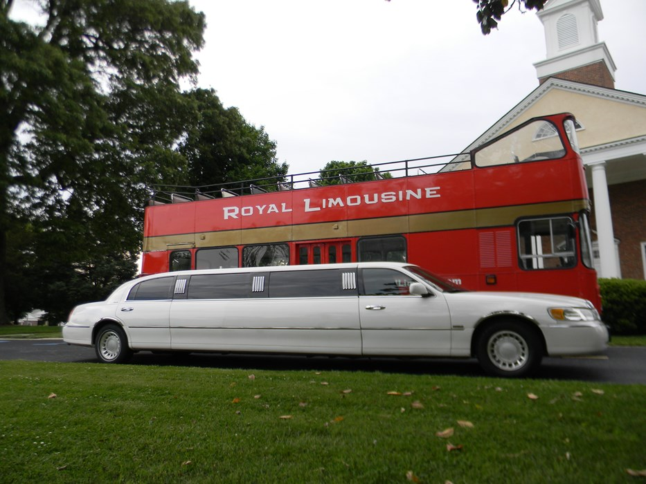 Double Decker and Lincoln Limousine