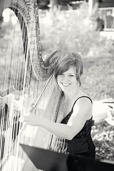VeeRonna - Harpist - Thousand Oaks, CA